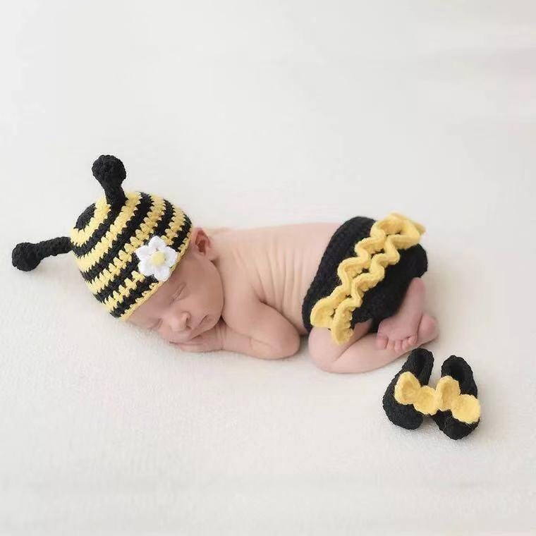 Little bee photography props hat and pants set
