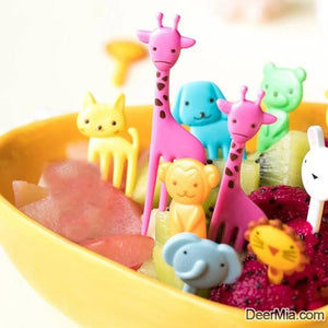 10pcs Cartoon Animal Shaped Random Fruit Fork