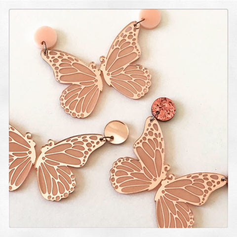 Large - Butterfly earrings in rosegold
