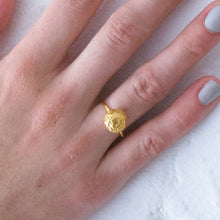 Load image into Gallery viewer, Large Moonrock Ring - Gold plated