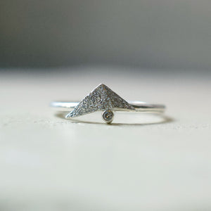 Fraction ring (oxidised silver)
