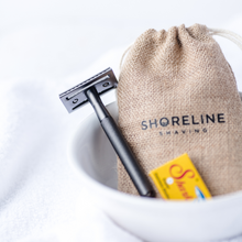 Load image into Gallery viewer, Matte Black safety razor with hessian bag and blades - Shoreline Shaving