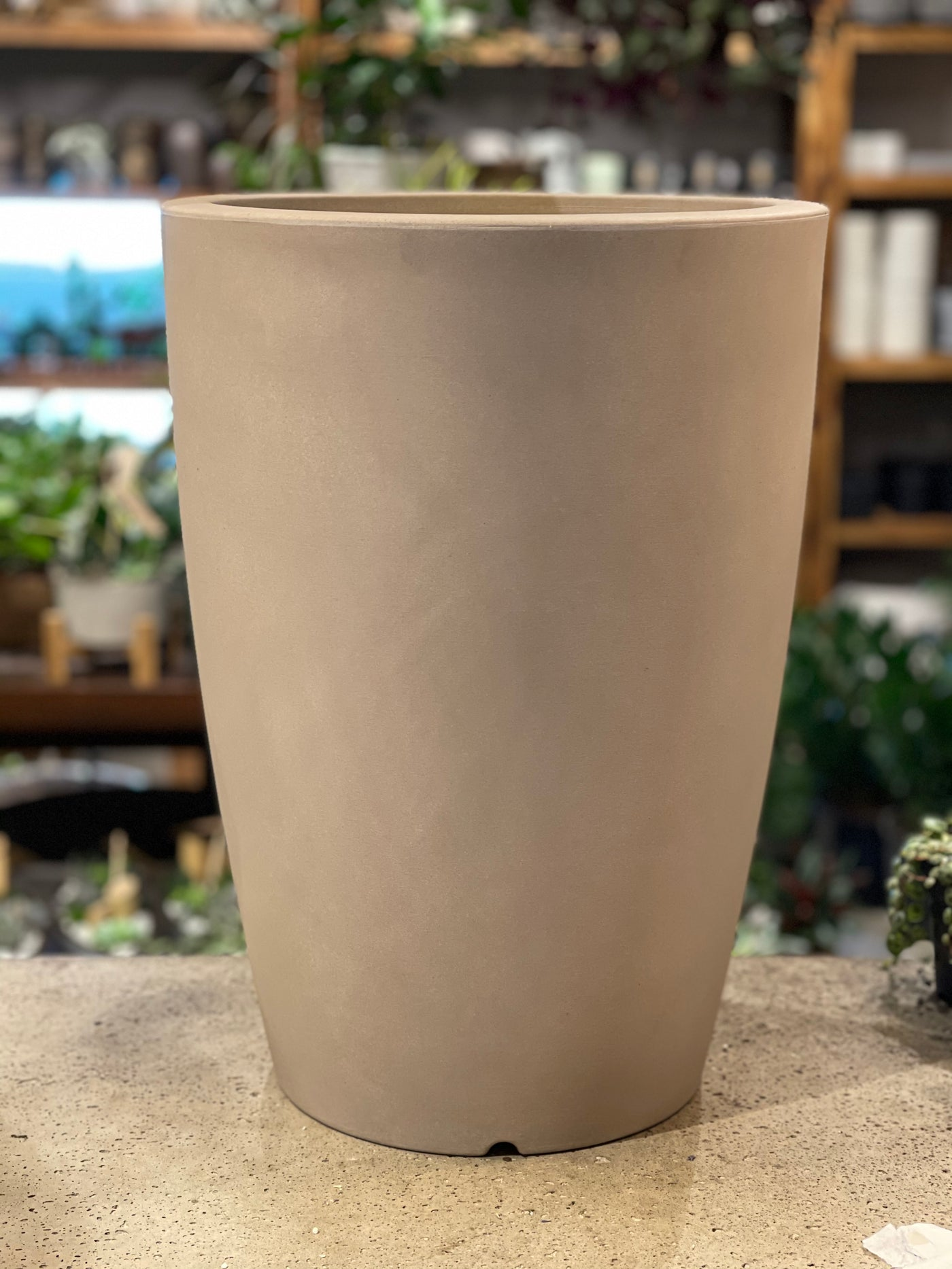 "14"" Long Light Planter"
