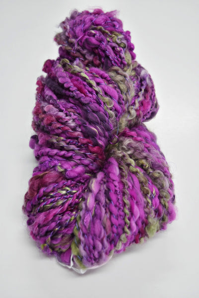 art yarn hand spun weaving yarn bulky chunky yarn Purple