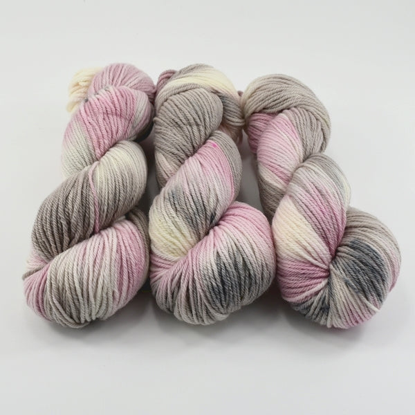 8 Ply Pure Merino Wool Yarn - Pink Dust 12894