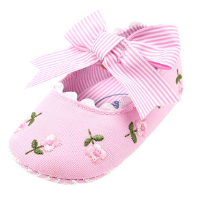 Baby Girl Embroidery Flower First Walkers - LANE FORTY SIX