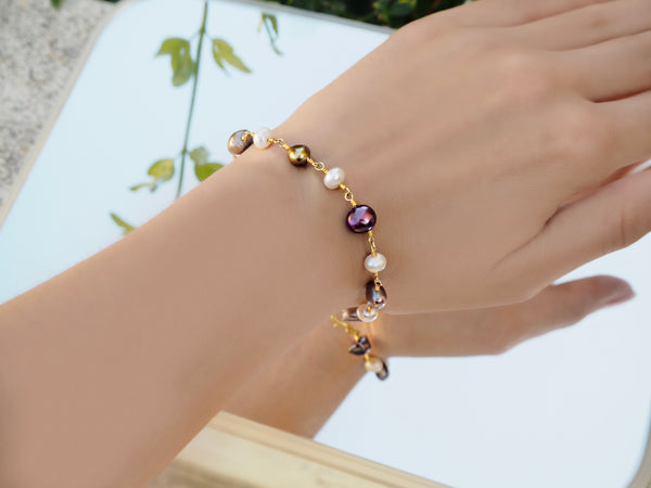Pearl bracelet - White, Brown and Purple pearls