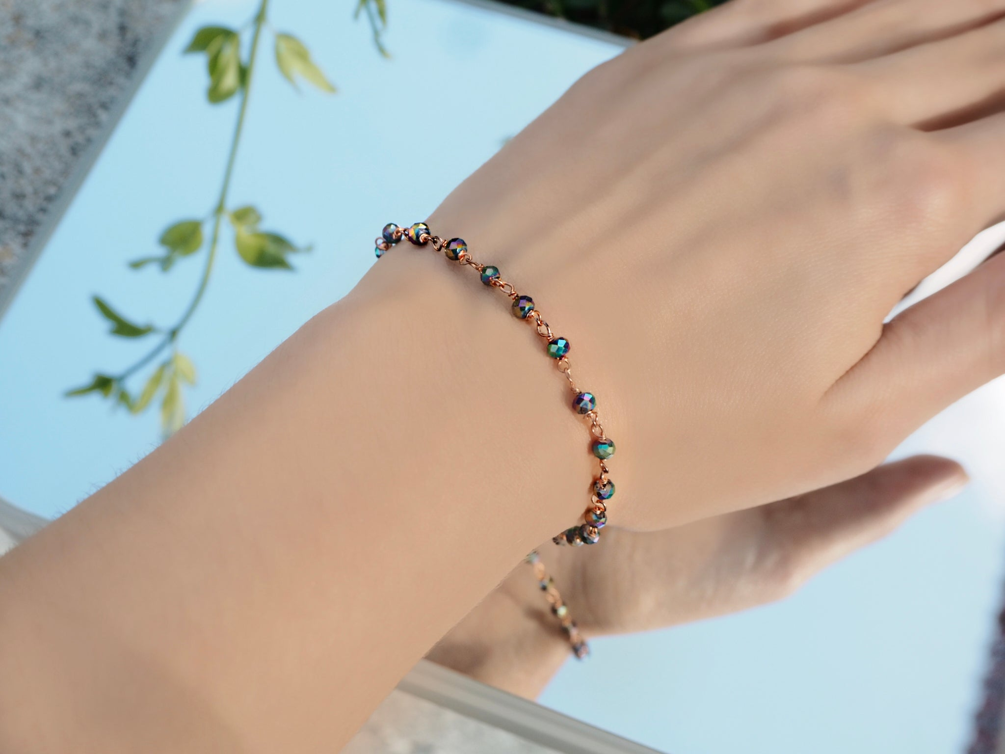 Multicolored hematite crystals bracelet