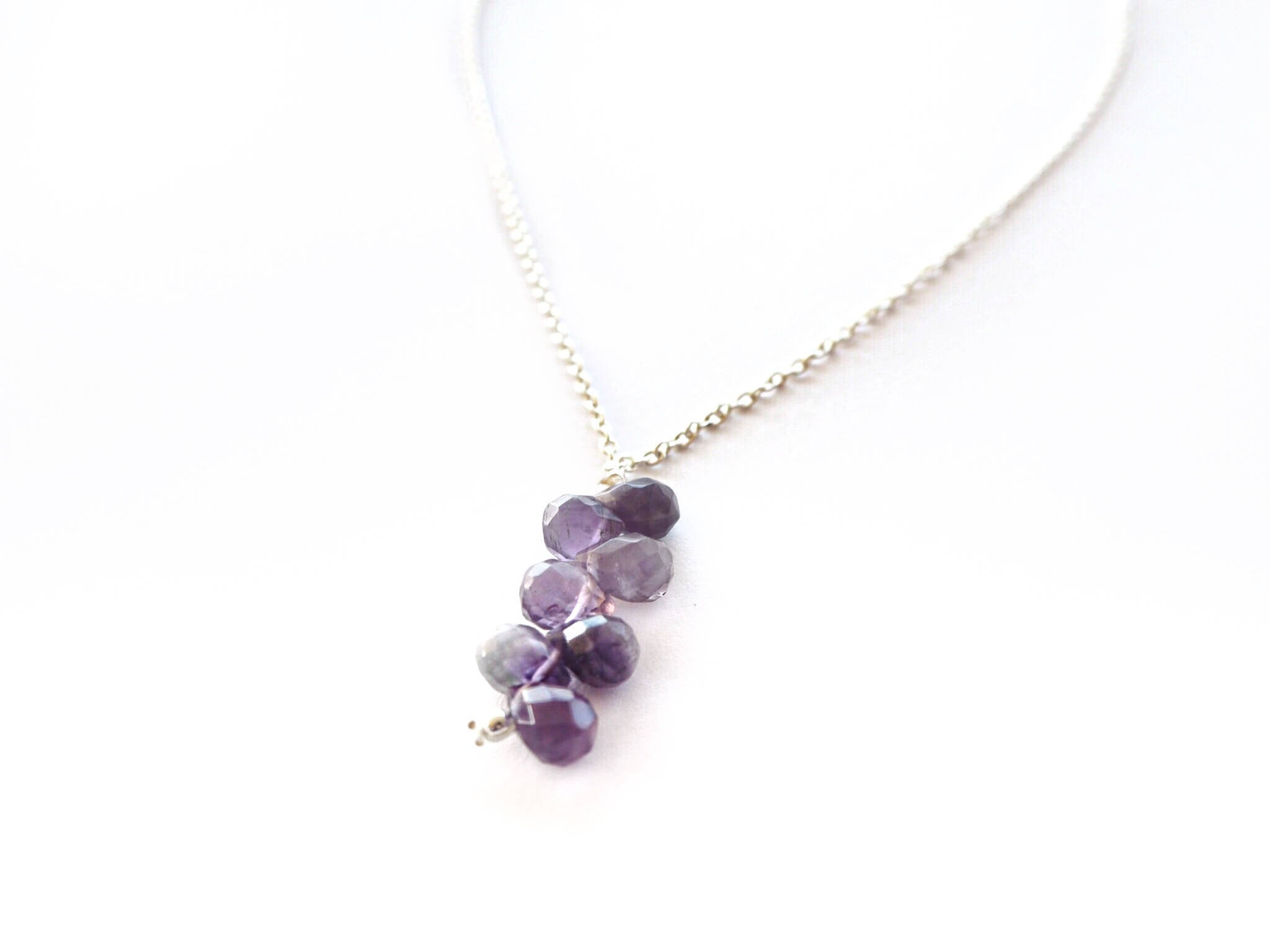 Amethyst - Silver chain necklace with amethyst quartz briolettes pendant