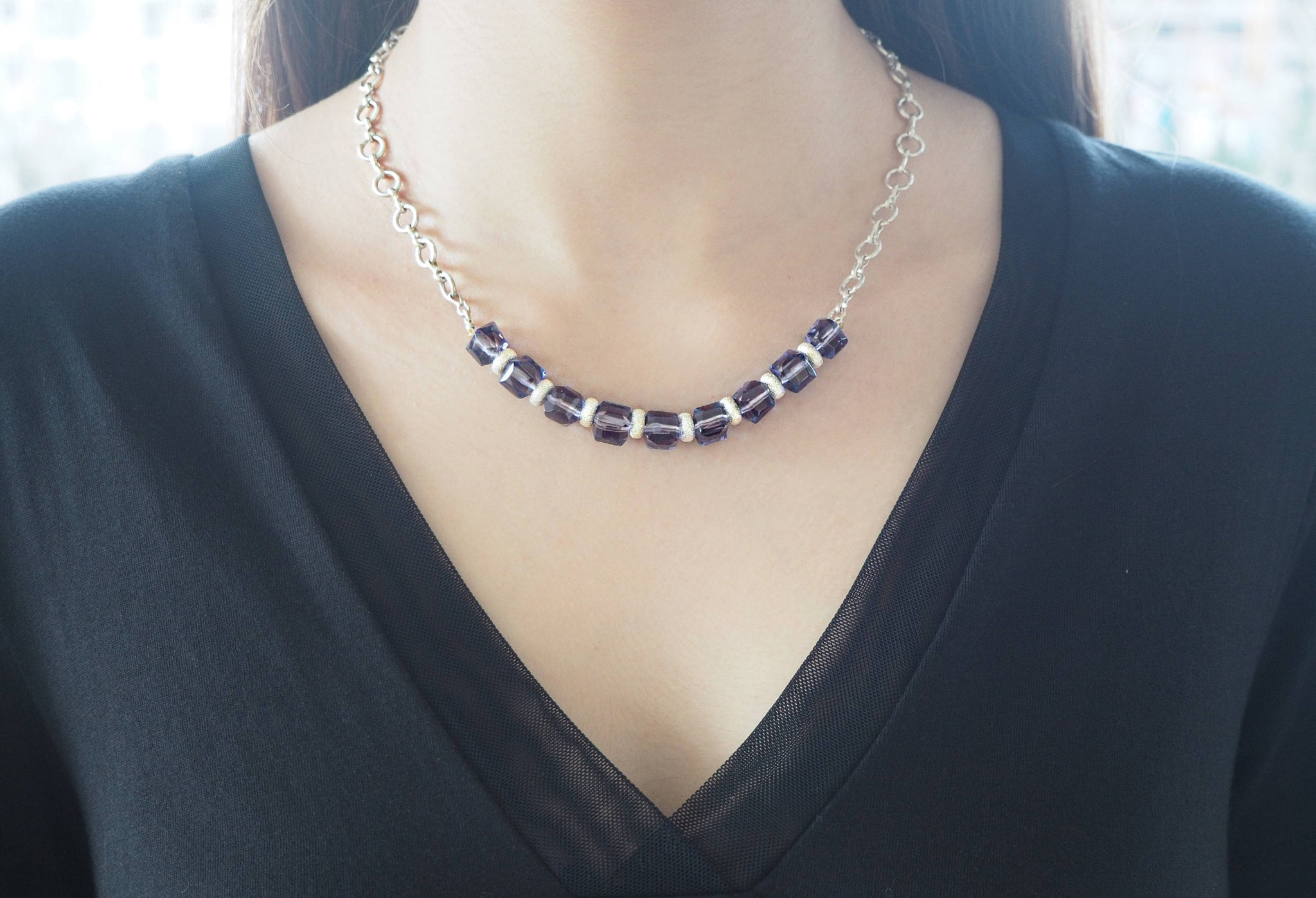 Amethyst - Silver chain necklace with center of amethyst quartz cubes