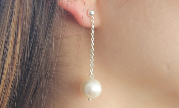 Pearl - Top pearl and sterling silver earrings