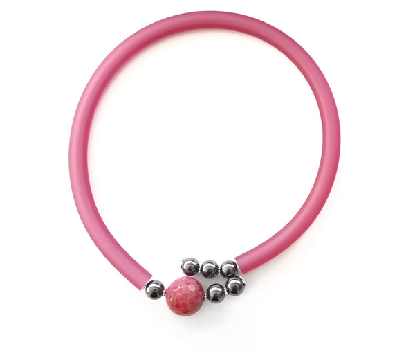 Contemporary line - Ruby root, hematite, silver and pink caocho necklace