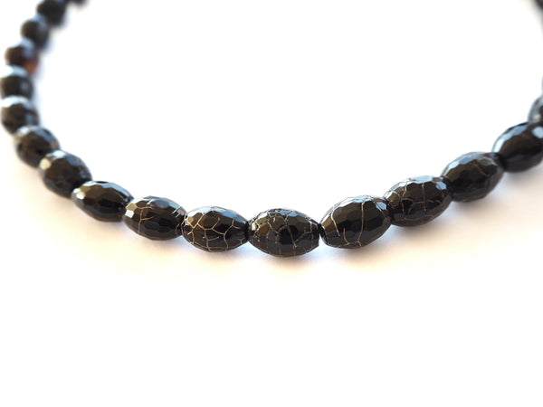 Agate - black and brownish oval agate necklace