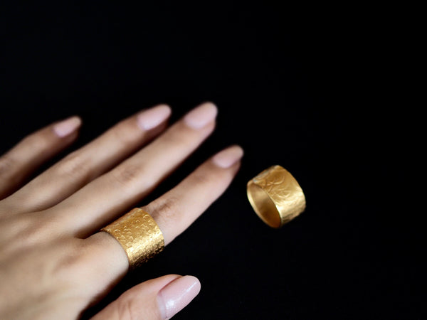 Textures collection - handmade hammered  XL height ring band