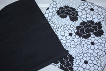 Load image into Gallery viewer, Black and White Floral Paperless Towels