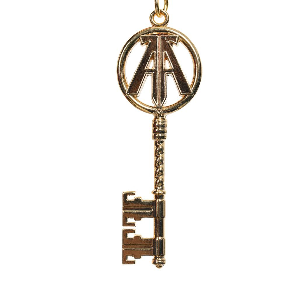 XCOSER The Hot & Newest Movie Ready Player One Cosplay Parzival Brass Keychain Cosplay Props