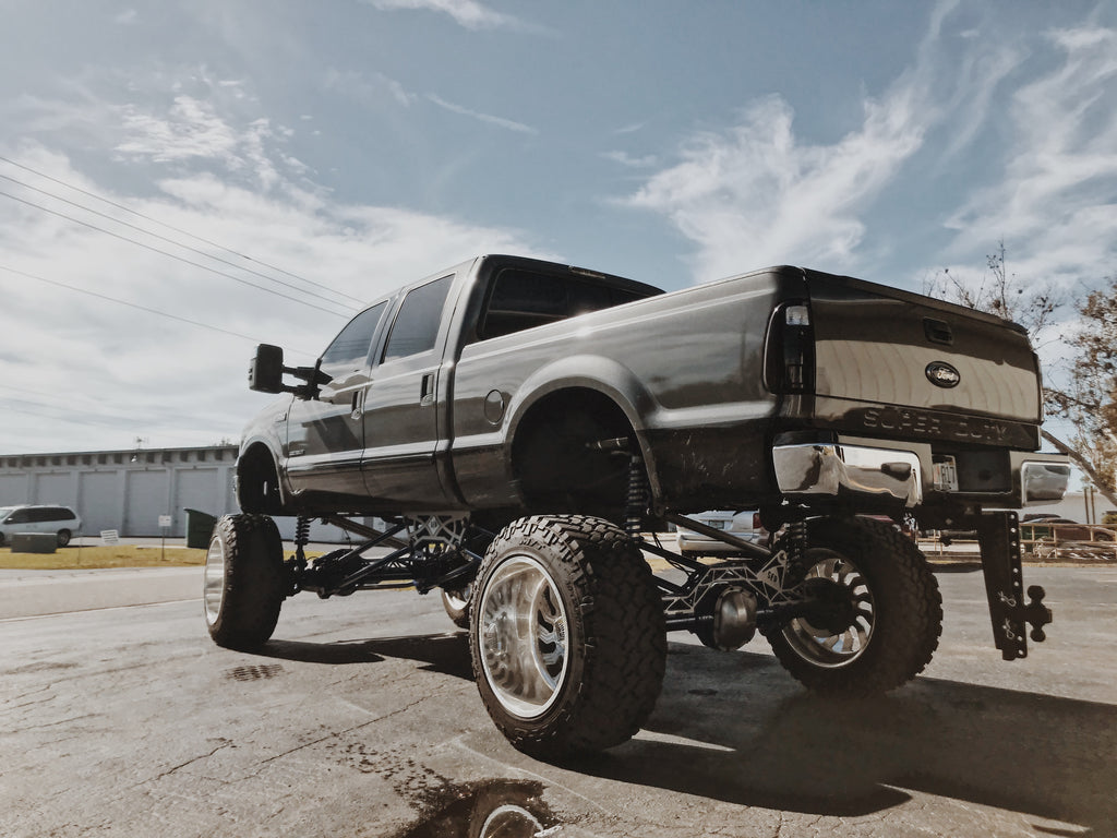 Drop Hitches for Custom Lifted Trucks