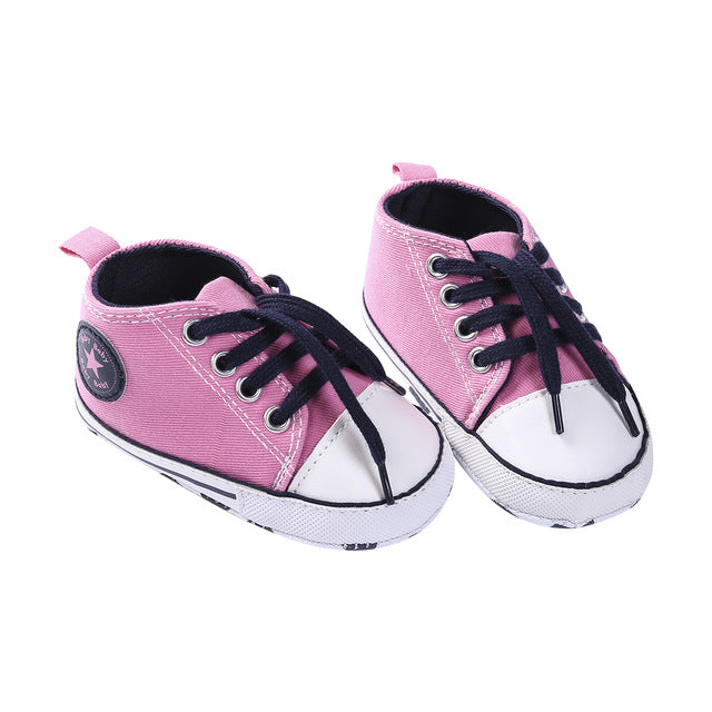 Star Kicks - Pink with Black Laces