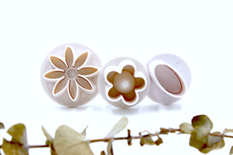 Mini Flowers & Oval Clay Cutters 3pc