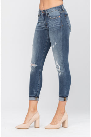 Judy Blue Relaxed Fit Distressed Cropped Jeans