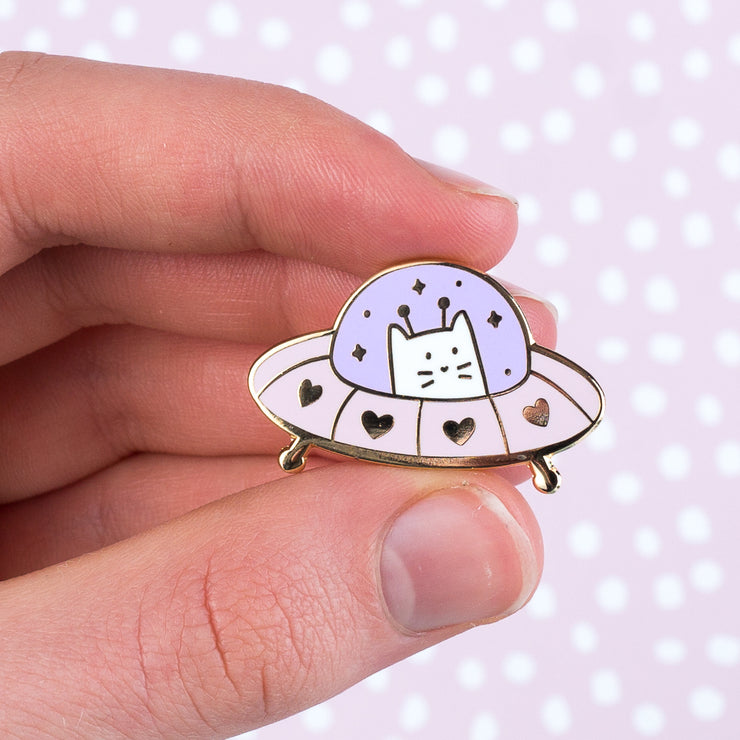 Unidentified Flying Cat - Kitten Enamel Pin