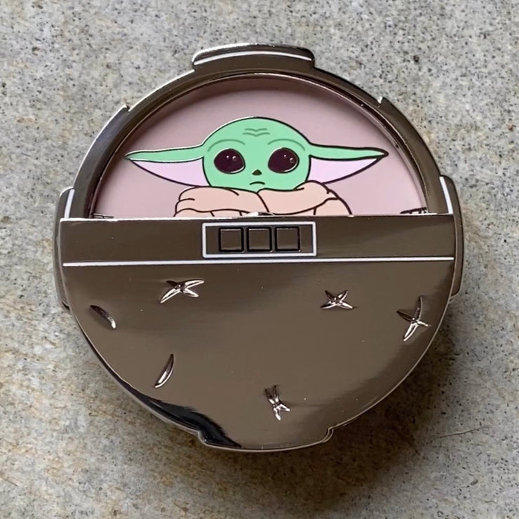 Baby Yoda Spinning - Star Wars Enamel Pin
