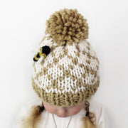 Little Bee Hat Knitting Pattern