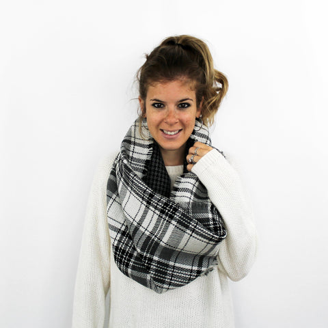 Reversible Infinity Scarf, Black/White
