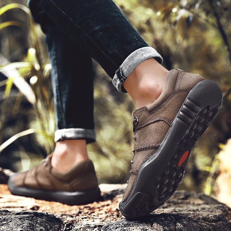QZHSMY Mountaineering Outdoors Hiking Shoes Men Trekking Shoes 2018 Athletic Sport Shoes Masculine Black Autumn Zapatos Hombre