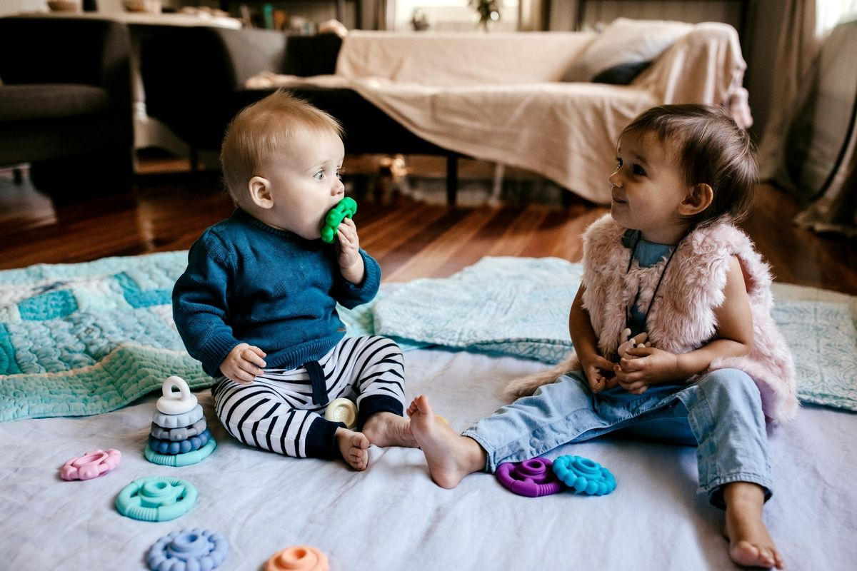 Five Fast Facts about Teething & Toys