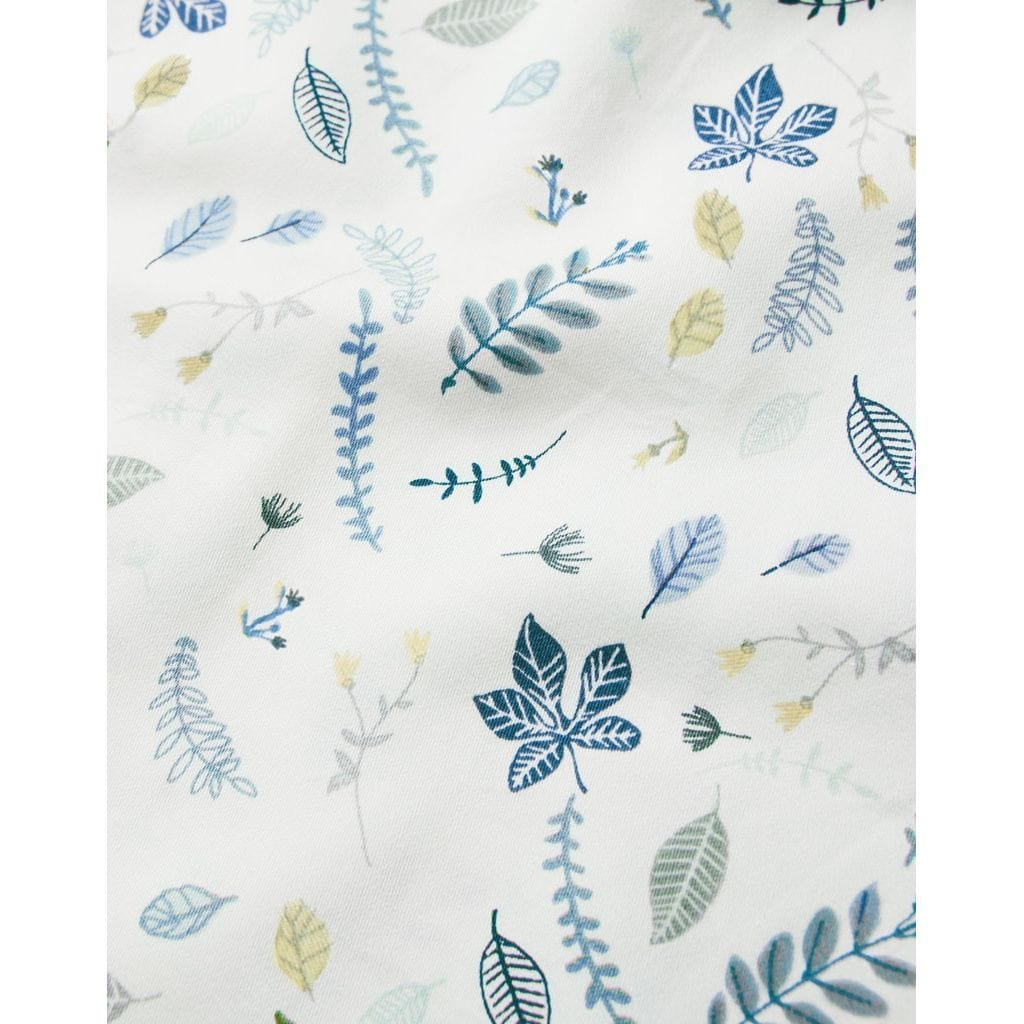 P28 Pressed Leaves Blue junior bedding