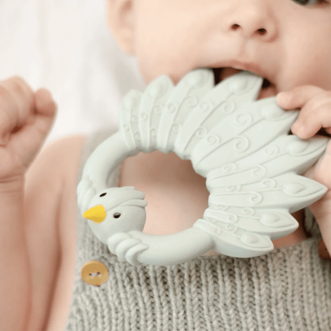 TEETHER PEACOCK LIGHT BLUE