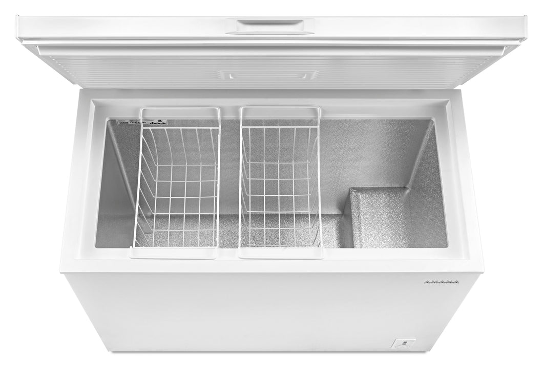 Amana 9 cu ft Chest Freezer