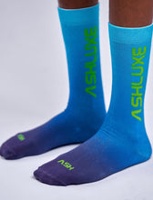 BLUE GRADIENT SOCKS