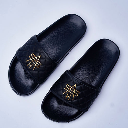 BLACK QUILTED LEATHER SLIDES