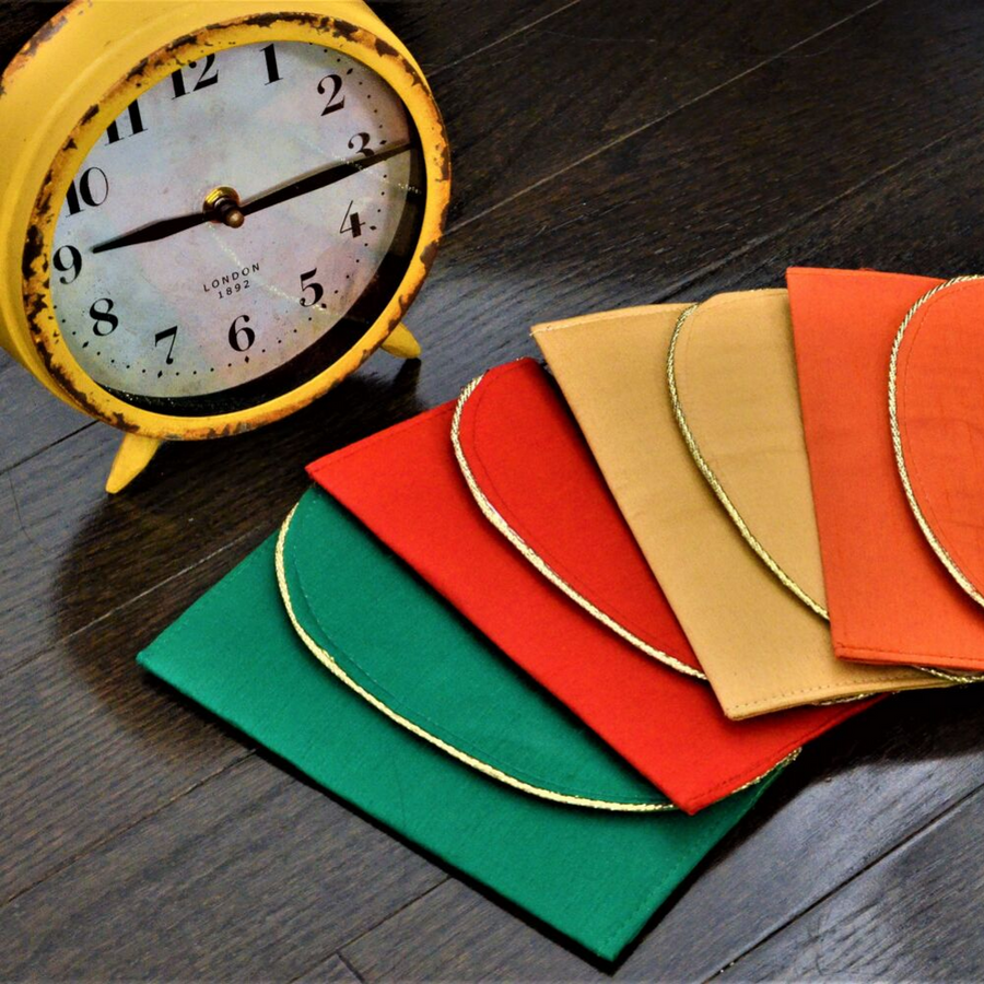 Set of 4 Plain Envelopes