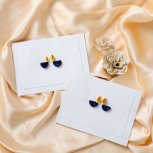 Load image into Gallery viewer, Handmade Paper Diwali Quilled Greeting Cards(Set of 4)