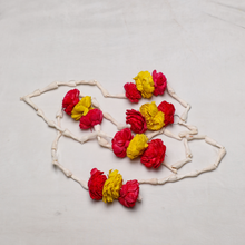Load image into Gallery viewer, Lilly Garlands 7ft with red and yellow pattern