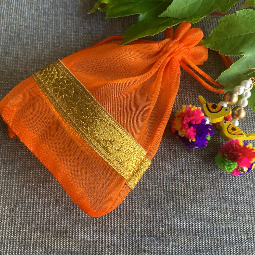 return gifts indian wedding favors in US