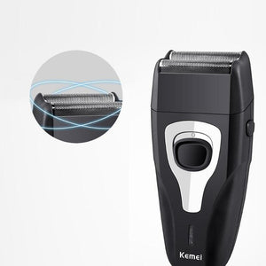 Flexing Dual Foil Electric Shaver