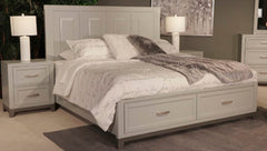 Brynburg Queen Bed w/ Dresser & Mirror & Nightstand