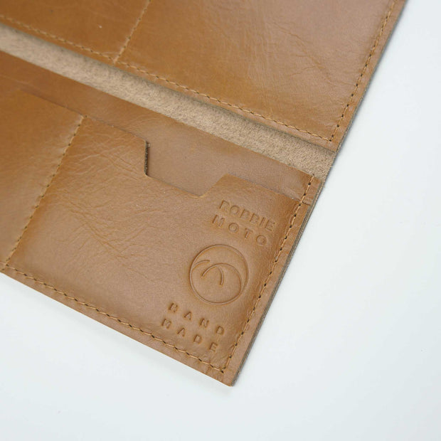 The Constance Wallet, Honey