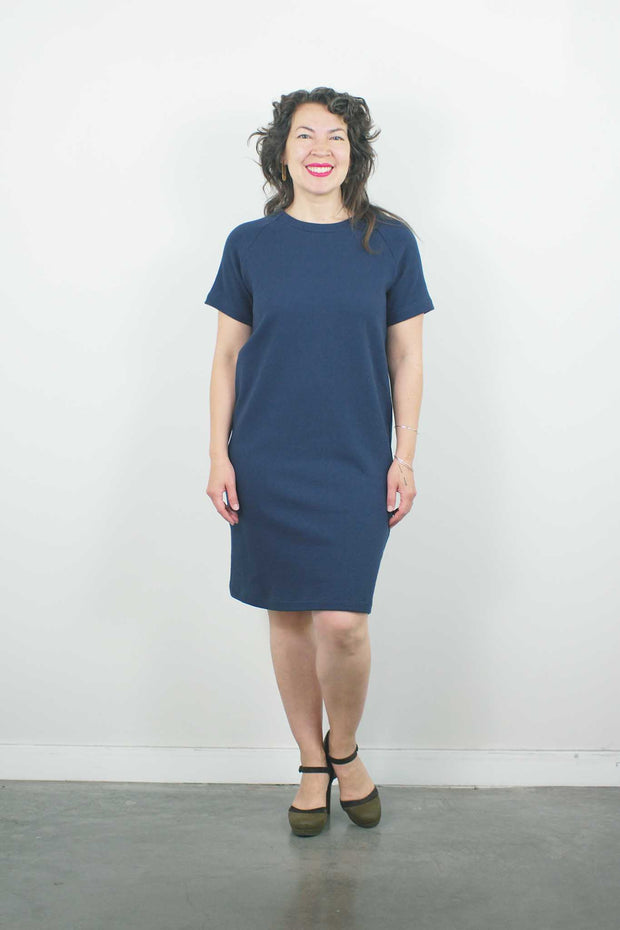 Straight Cut Dress w/Sleeve, Navy