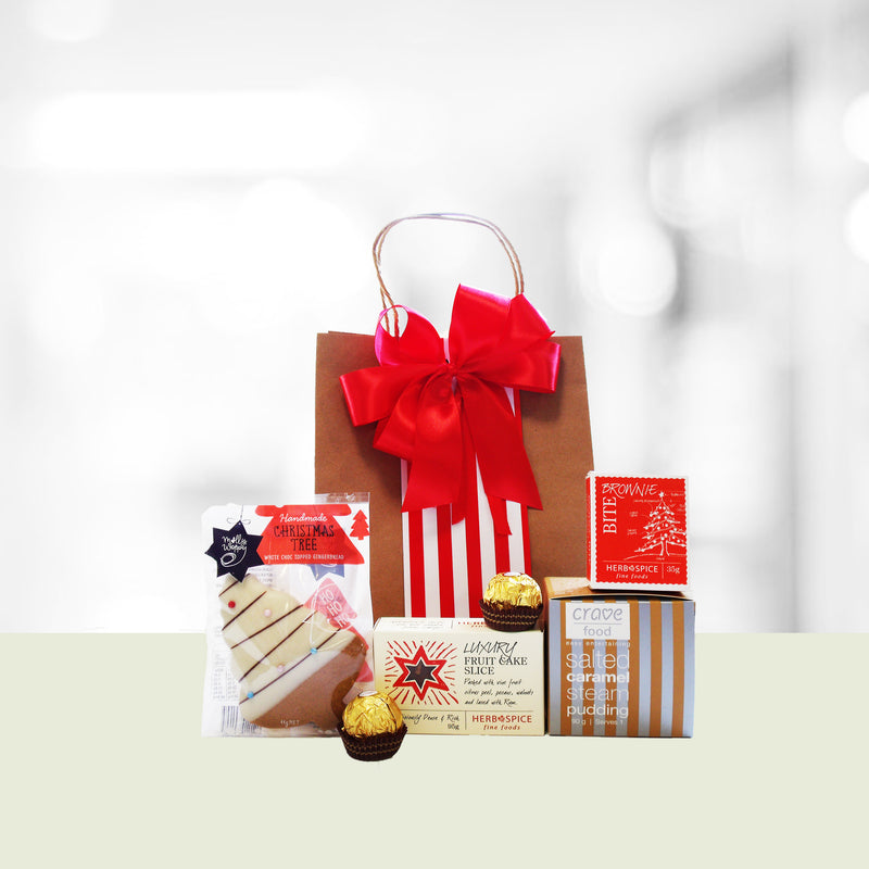 Tis the Season Xmas gift bag with salted caramel steam pudding, fruit slice, gingerbread, brownie & ferrero Rocher's