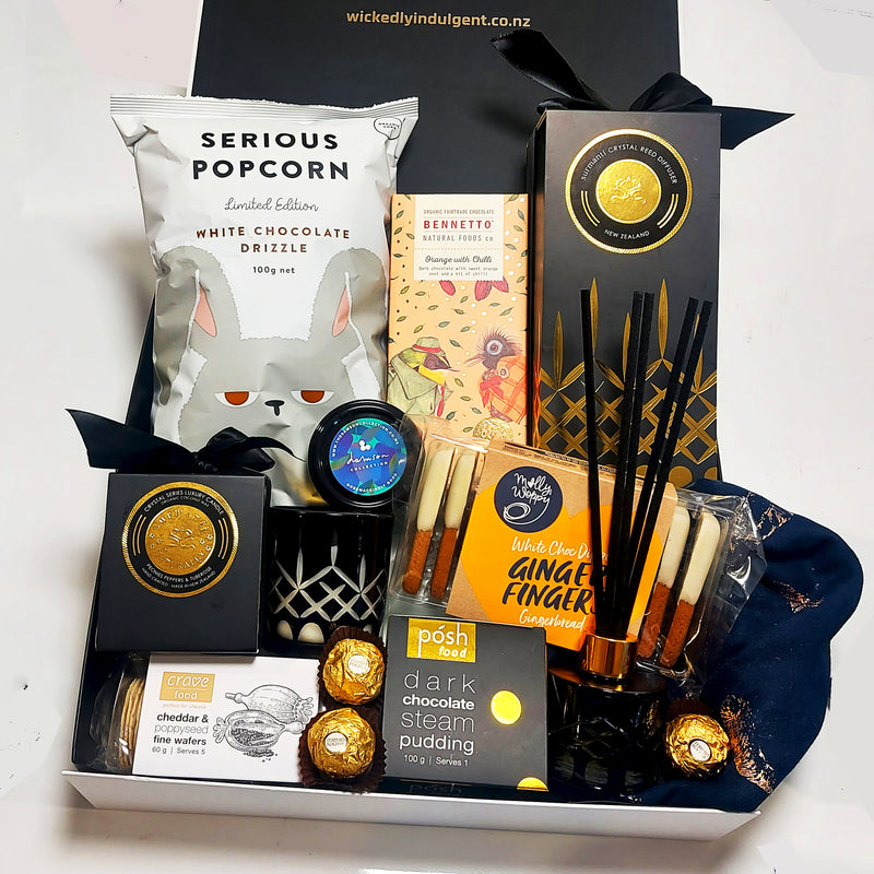 Gold Luxe Gift Box with Scarf, Room Diffuser, Candle, Chocolate & more. All presented in a modern gift box.