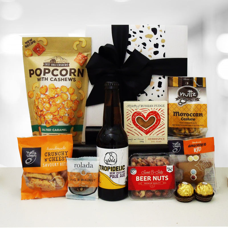 Lazy Sundays Craft Beer and snacks gift box for men.