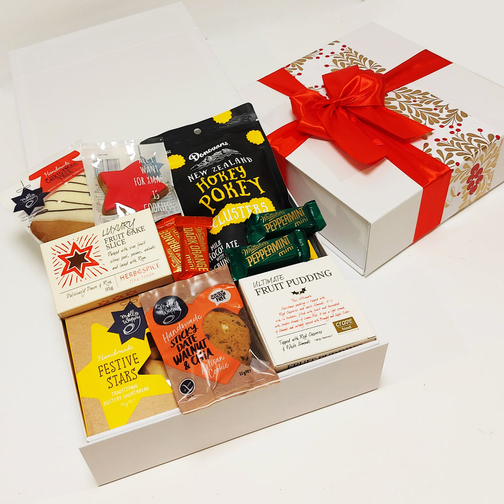Mrs Claus' Faves- Fruit Slice, Xmas Pudding, Shortbread, & Gingerbread Xmas Gift