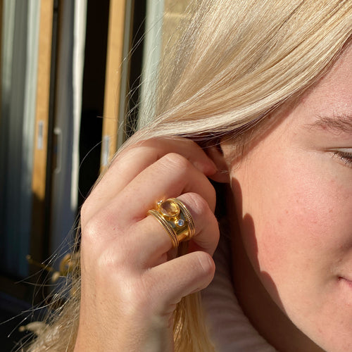 The Fabulous Citrine Guinevere Ring