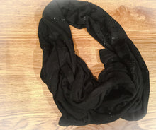 Load image into Gallery viewer, BANANA REPUBLIC Black Scarf