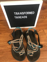 Load image into Gallery viewer, Women's CHACO Sandals